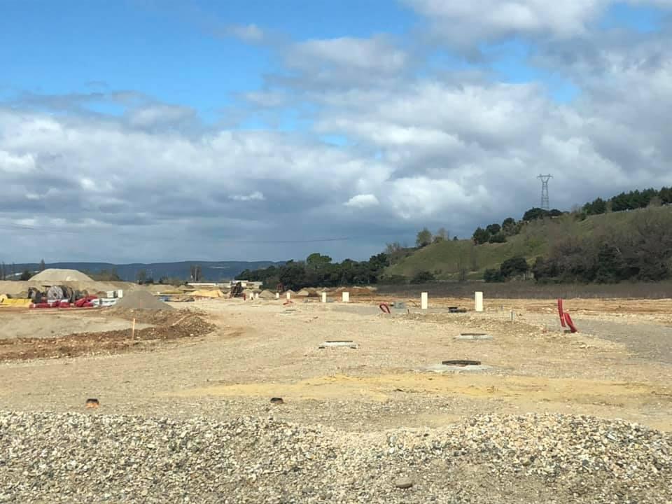 Passion Store change de terrain !  C'est parti pour quelques mois de chantier pour la construction de notre nouveau bâtiment sur la nouvelle zone d'activité de St Paul Trois Chateaux pour…
